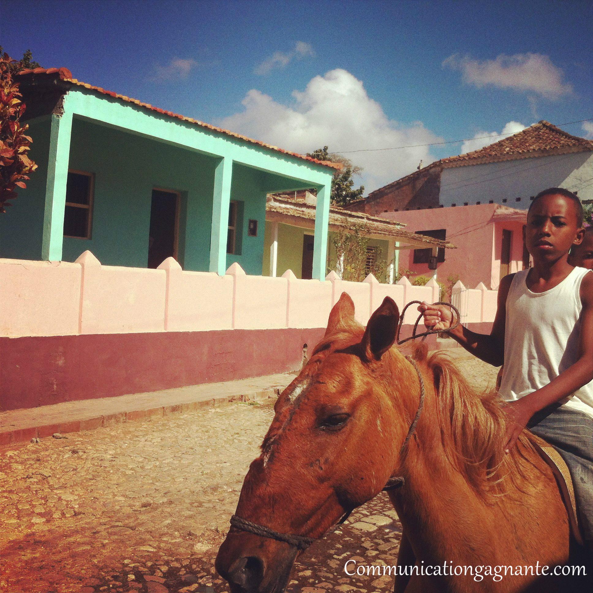 enfant-à-cheval-Cuba